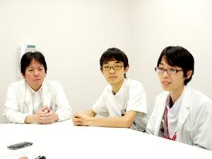新里偉咲部長、田中康博医長、橋本朗子副医長、田中淳医師
